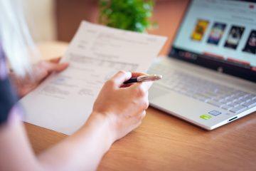 Eşti traducător? Va trebui să colaborezi cu un cabinet notariat pentru a-ţi legaliza semnătura!